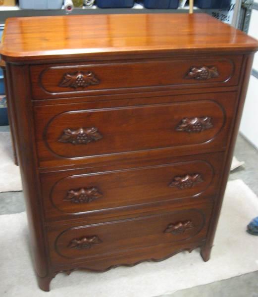 Merveilleux Davis Cabinet Items For Sale